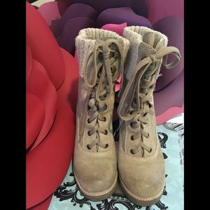 Lace up suede tan boots